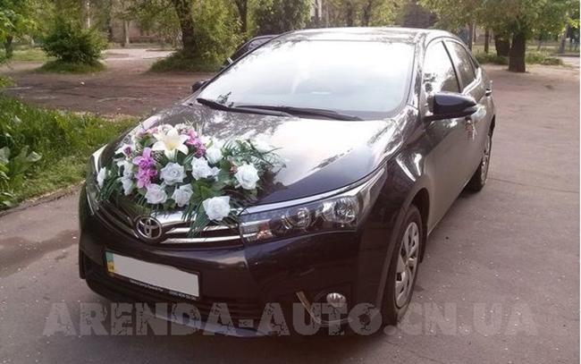 Аренда Toyota Corolla New на свадьбу Чернигов