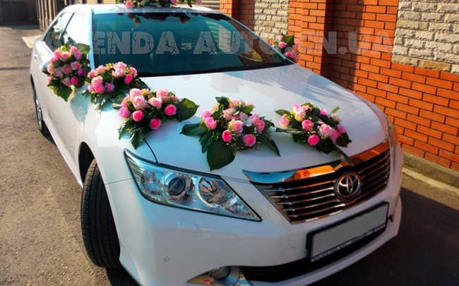 Аренда Toyota Camry 50 на свадьбу Чернигов