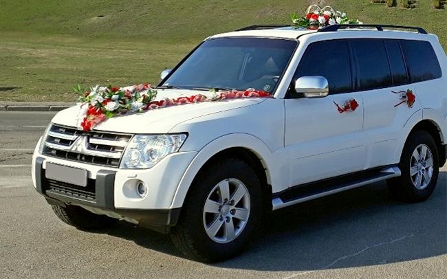 Аренда Mitsubishi Pajero 4 на свадьбу Чернигов